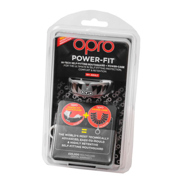 Капа OPRO Power   Fit Aggression Jaws Silver / White (art. 002270002)